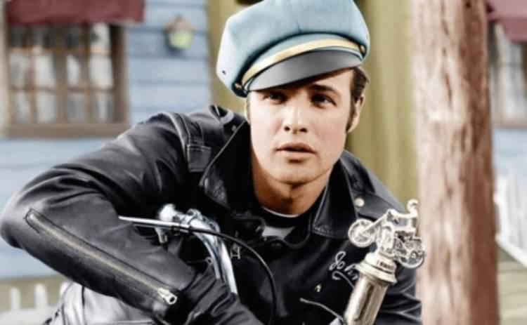 Марлон Брандо: Harley Davidson легендарного актера продадут с аукциона (ФОТО)