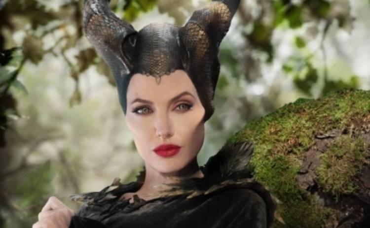 Анджелина Джоли раздумывает над сиквелом Малефисенты