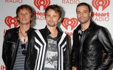Группа Muse презентовала свой новый альбом Drones