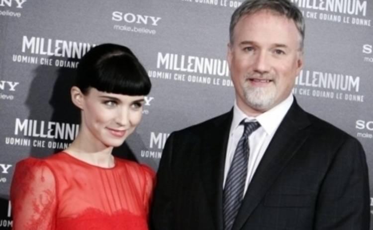 Дэвид Финчер позвал девушку с татуировкой дракона в сериал