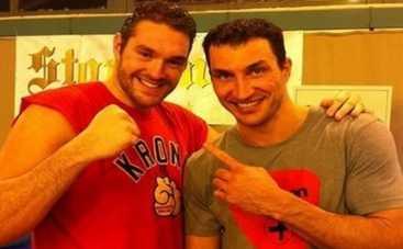 Владимир Кличко будет бить гиганта Тайсона Фьюри: названа дата