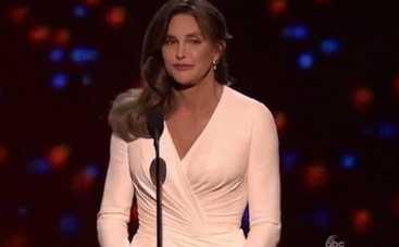 Кейтлин Дженнер получила премию ESPY Award (ВИДЕО)