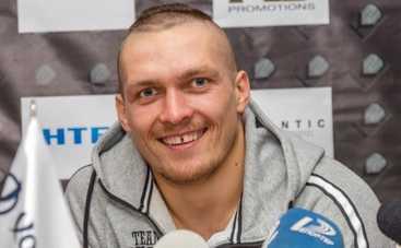 Александр Усик улучшил свои позиции в рейтинге WBO