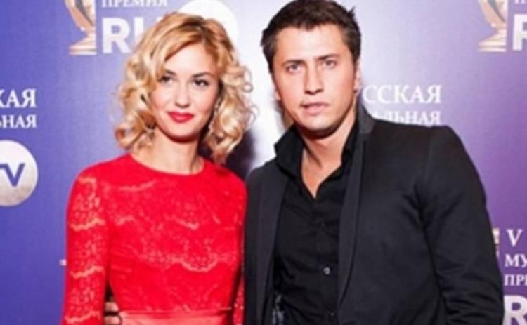 Павел Прилучный заговорил о разводе с Агатой Муцениеце