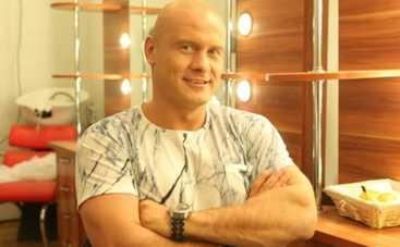 Вячеслав Узелков показал свои награды (ФОТО)