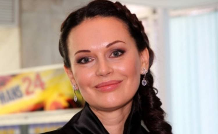 Ирина Безрукова пригласила бывшего мужа в свою передачу