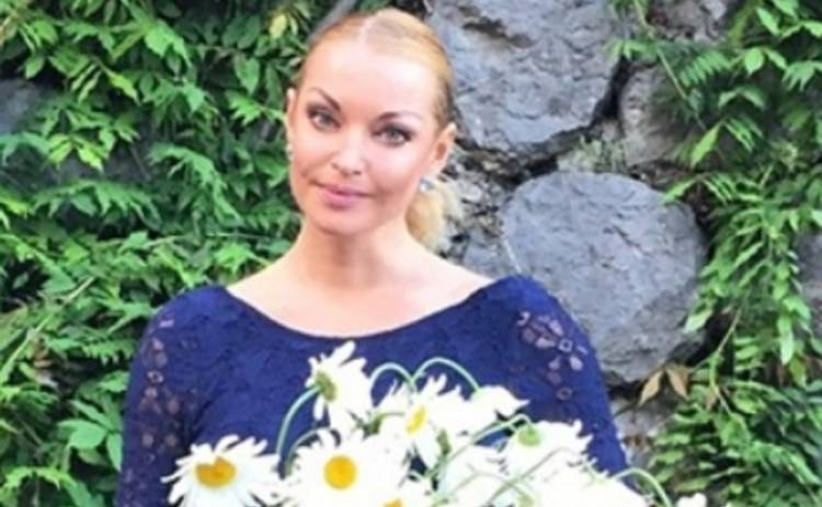Анастасия Волочкова рискнула публично станцевать (ВИДЕО)