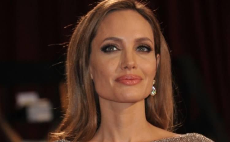 Анджелина Джоли стала образцом для подражания Кейтлин Дженнер