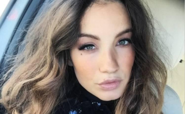 Виктория Дайнеко попала в объектив папарацци беременным животом (ФОТО)