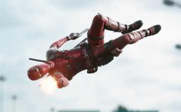 Дэдпул: Райан Рейнольдс трансформируется в супергероя в новом трейлере (ВИДЕО)