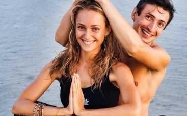 Универ: Алексей Гаврилов женился на йоге (ВИДЕО)