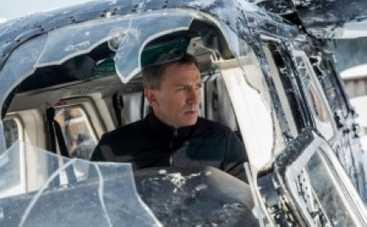 Британский певец Сэм Смит наконец-то спел агенту 007 (ВИДЕО)
