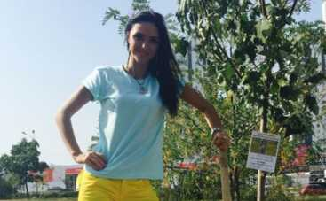 Вика из НеАнгелов оставила свой след на Аллее патриотов (ФОТО)
