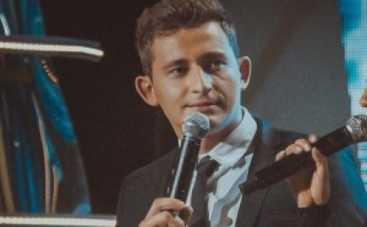 Новая волна 2015: украинец Коля Серга стал ведущим первого конкурсного дня (ФОТО)