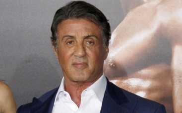 Сильвестр Сталлоне привел на кинопремьеру свой гарем (ФОТО)