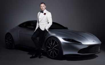 Джеймс Бонд выставил свой автомобиль на аукцион