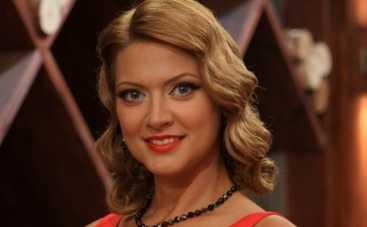 Татьяна Литвинова любит часто менять прически (ФОТО)