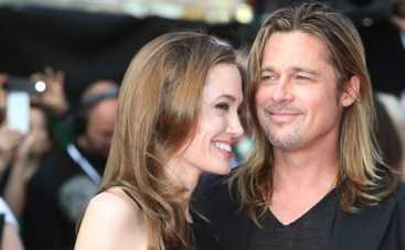 Анджелина Джоли достает Брэда Питта по мелочам