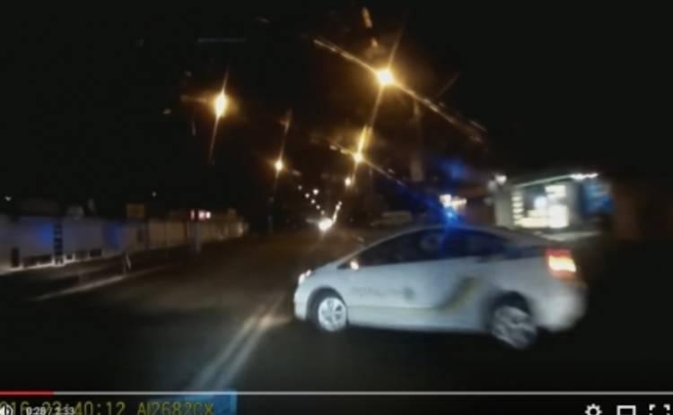 Киевский таран. Авто полиции спровоцировало аварию (ВИДЕО)