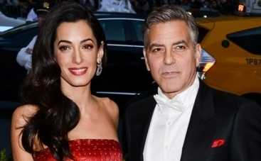 Джордж Клуни с женой почаевничали с Ангелой Меркель (ФОТО)