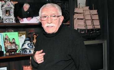 Армен Джигарханян тайно повел под венец молодую директрису театра (ФОТО)