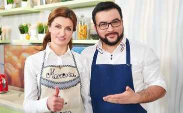 Масленица: Марина Порошенко научила готовить домашние блинчики