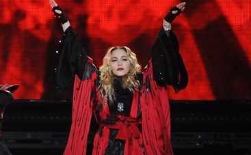 Мадонна на своем концерте попросила заняться с ней сексом