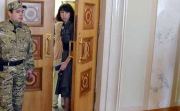 Депутат Татьяна Чорновол исцарапала коллегу по Раде