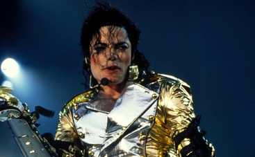 Майклу Джексону поставили памятник в Индии (ФОТО)
