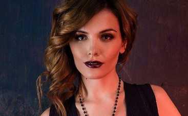 Экс-Эрика в треш-видео представила новую себя
