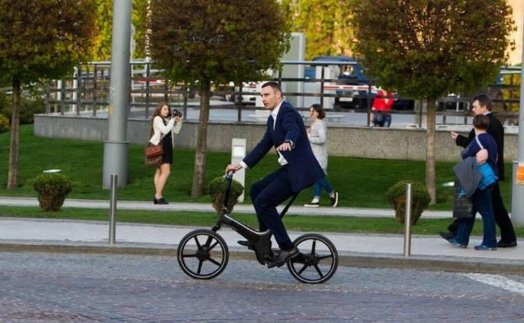 Виталий Кличко нарушил ПДД на велосипеде за 4 тысячи долларов