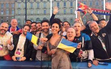 Евровидение 2016: лучшие наряды с церемонии открытия конкурса
