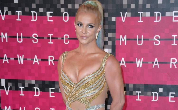Бритни Спирс подсела на наркотики благодаря экс-продюссеру
