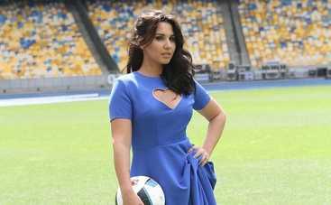 Жены футболистов сборной Украины снялись в фотосессии на Олимпийском