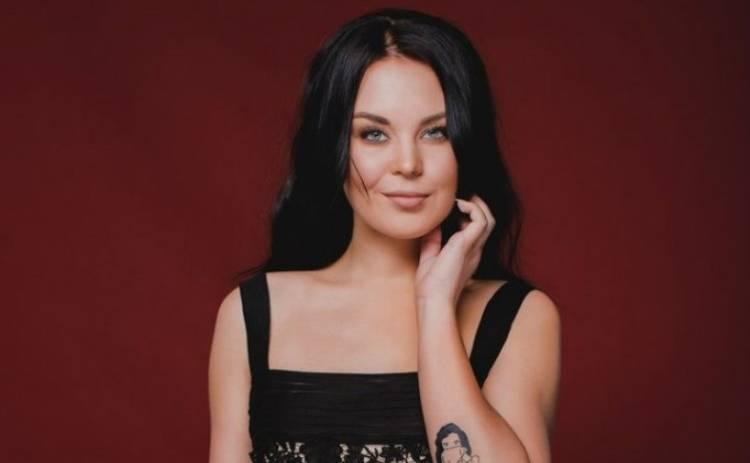 Голос країни 6: Юлия Юрина устроила на сцене вечеринку в стиле диско (видео)