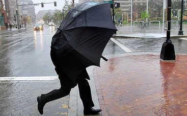 На выходных Украину накроют дожди с грозами