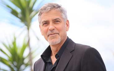 Папа Римский наградил Джорджа Клуни, Сальму Хайек и Ричарда Гира