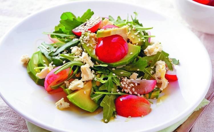 ТОП-4 рецепта низкокалорийных салатов (фото)