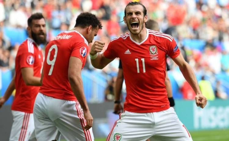 Евро-2016: в битве дебютантов сильнее оказались валлийцы (видео)