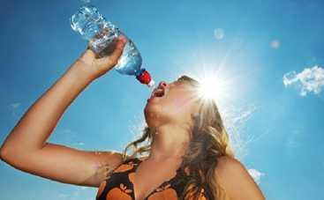 Ученые доказали, что некоторые напитки в жару убивают почки