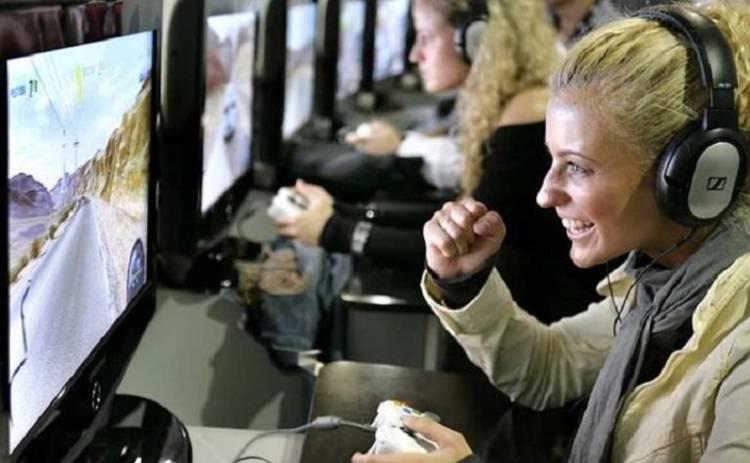 Создана перчатка, позволяющая управлять предметами в игре (фото и видео)