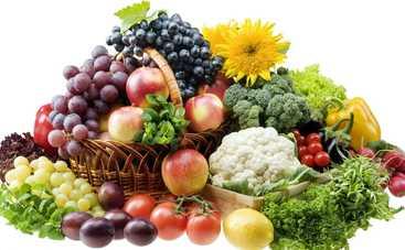 В Киеве временно запретили продажу овощей и фруктов