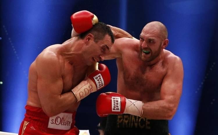 Бой между Кличко и Фьюри отложен из-за травмы британца (фото, видео)