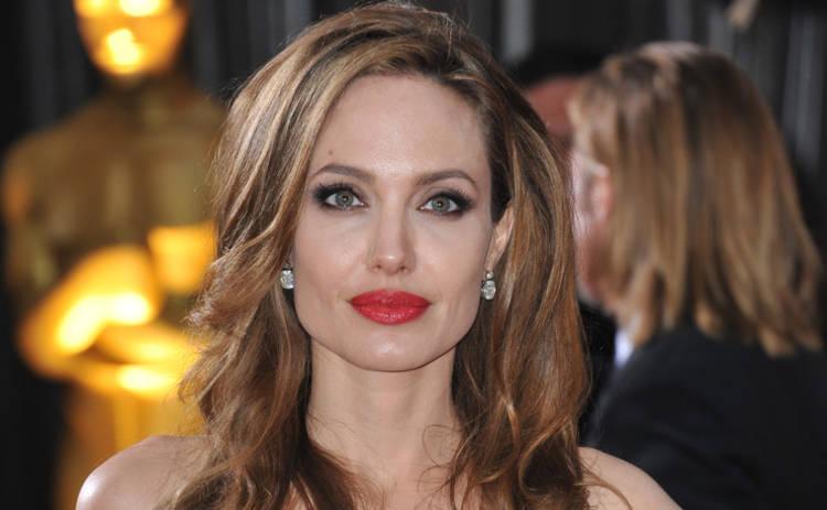 Анджелина Джоли заметно поправилась (фото)