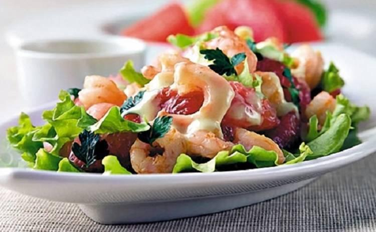 Салат лолла-росса с креветками (рецепт)
