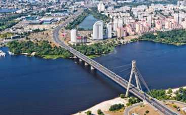 Киевские депутаты «подарили» Бандере Московский проспект