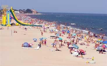 На популярных курортах под Одессой купаться опасно