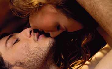 Самые вкусные поцелуи за всю историю кино (фото)