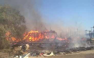 В Крыму сожгли Казантип (фото, видео)