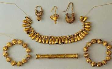 Археологи раскопали на Полтавщине золото скифов